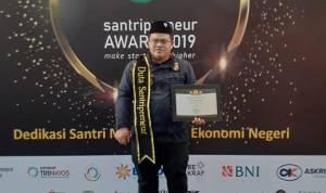 Ketua PMI Sumut Antarkan Muhammad Jafar Hasibuan Jadi Juara Dunia Di China Dan Raih Anugerahi Duta Santripreneur Indonesia 2019