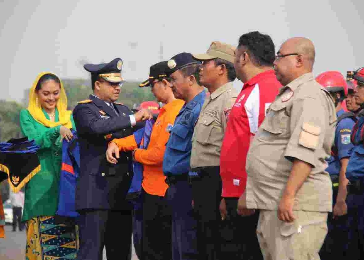 Peduli Asap, Gubernur DKI Lepas Keberangkatan 65 Orang Satgas Karhutla ke Riau