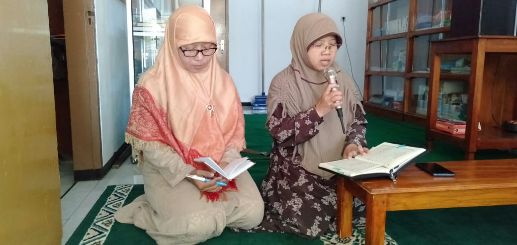 Kajian Muslimah Leces: Ibu Ujung Tombak Peradaban