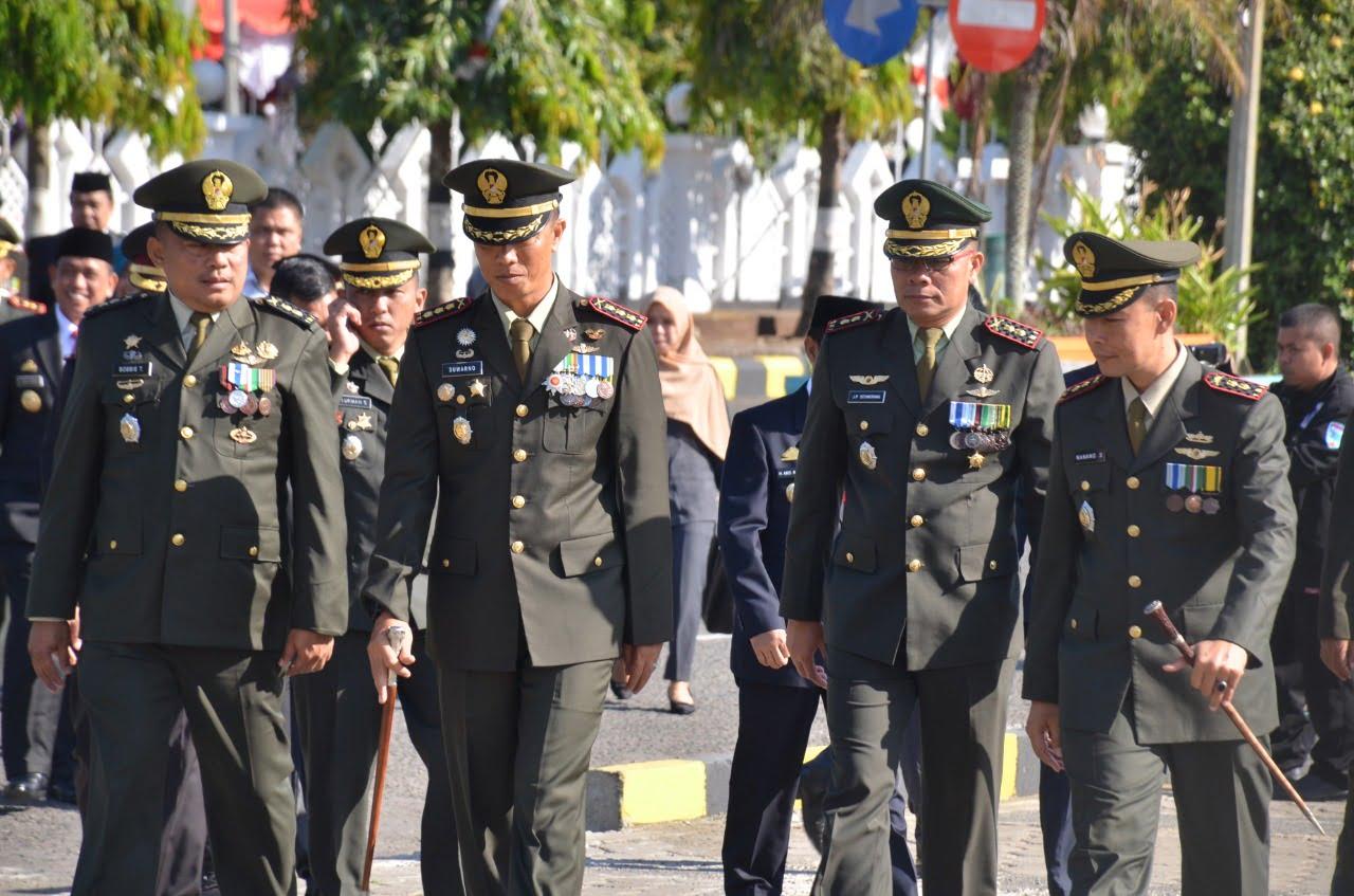 HUT TNI Ke 74 Tahun 2019 Jajaran Korem 141 Toddopuli Berlangsung Di Lapangan Merdeka Watampone