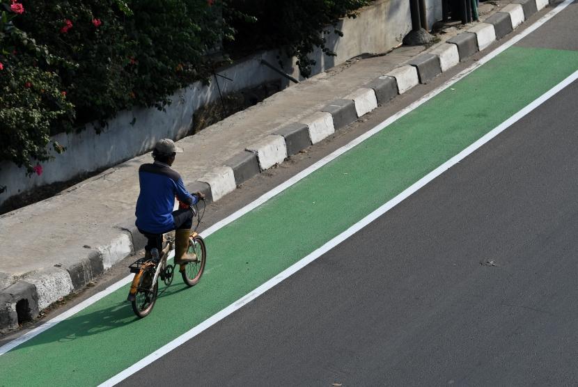 Jakarta Akan Kembali Uji Coba Jalur Sepeda