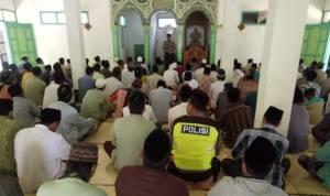 Polisi Resmi Sebar Aparat Awasi Khatib Di Masjid